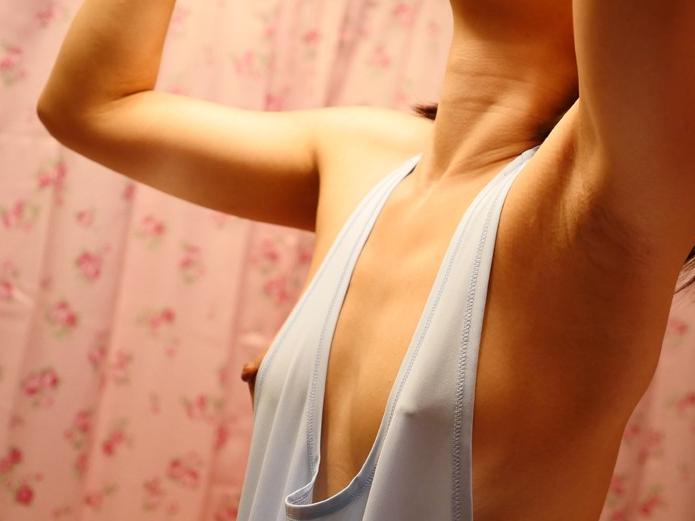 意外にエロかった家庭内の油断すぎるパンチラ・胸チラエロ画像集。(26枚)・6枚目
