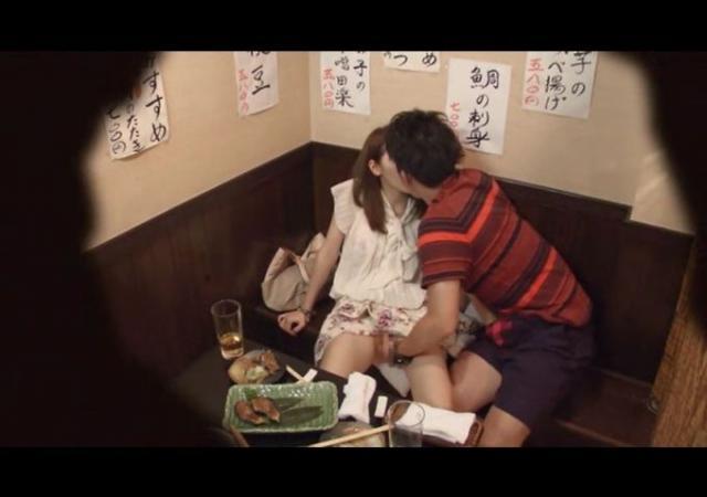 【悲報】泥酔した女が二次会で個室に連れ込まれる理由・・・・・・・(画像あり)・20枚目