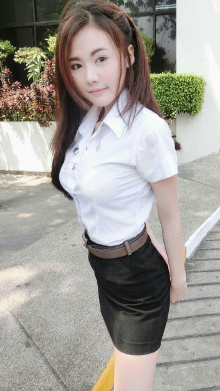 タイの制服JDまんさん、おっぱい重量感凄過ぎワロタwwwwwww(画像あり)・5枚目
