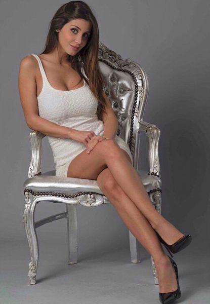 海外 セクシー女子アナ 画像030