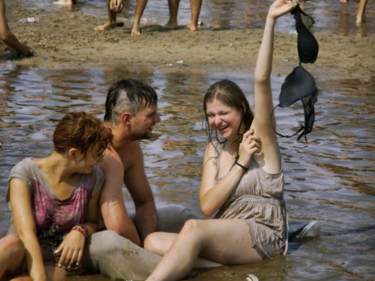 野外フェスで盛り上がり過ぎてしまったポーランド美女の末路wwwwwww(画像あり)・16枚目