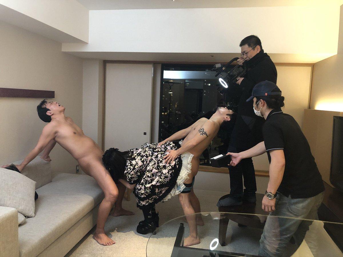 セクシー男優がどれだけ不向きかというのを皆様に伝える為の画像スレ。(29枚)・2枚目