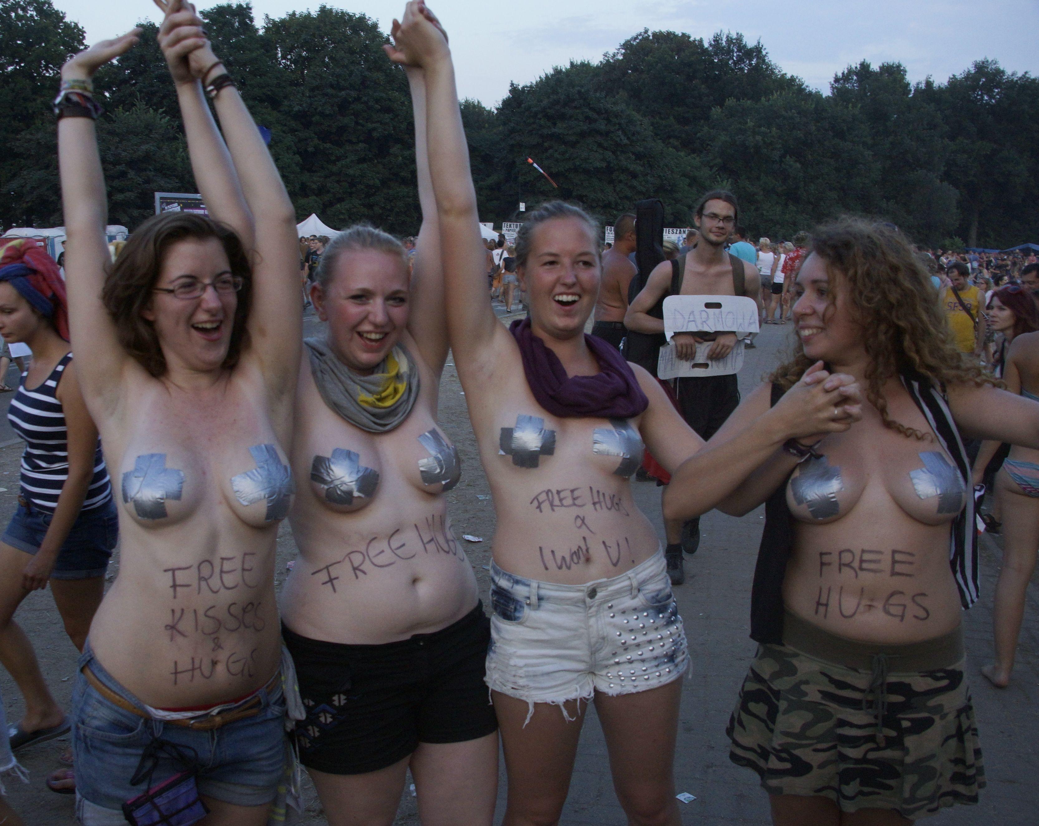 野外フェスで盛り上がり過ぎてしまったポーランド美女の末路wwwwwww(画像あり)・27枚目