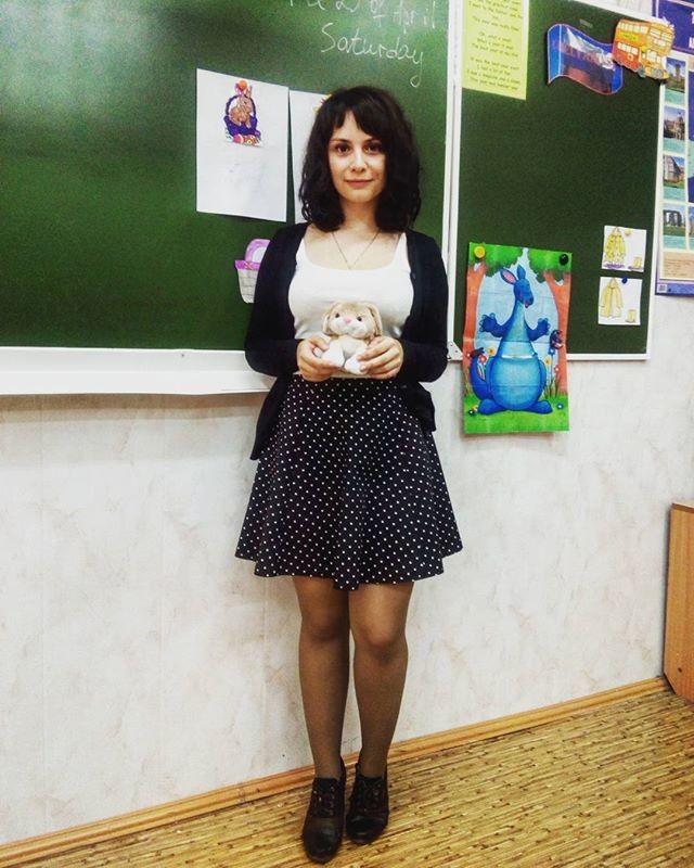 授業参観でお父さんが集まるロシアの女教師の画像集(34枚)・32枚目