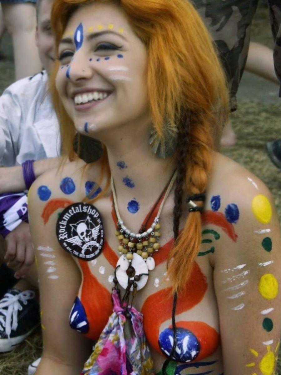 野外フェスで盛り上がり過ぎてしまったポーランド美女の末路wwwwwww(画像あり)・39枚目