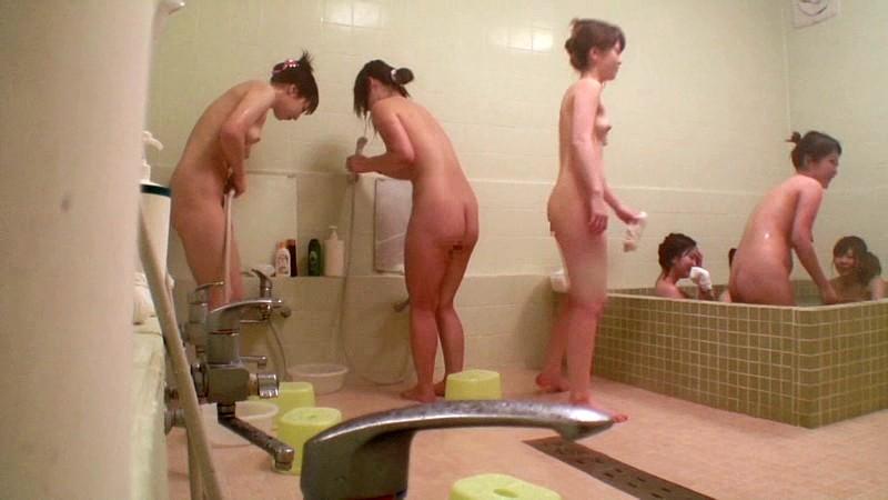 温泉旅館の風呂に隠しカメラ設置した結果wwwwwwwww(画像あり)・4枚目