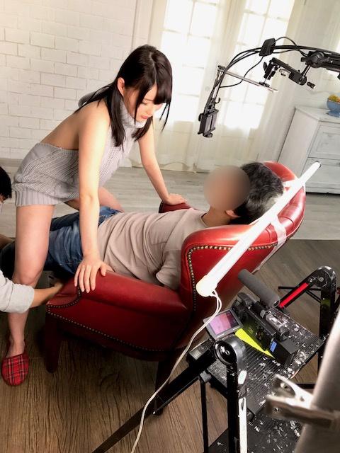 アダルトVRの撮影現場、ドヤ顔でセックスしてたwwwww(画像あり)・14枚目