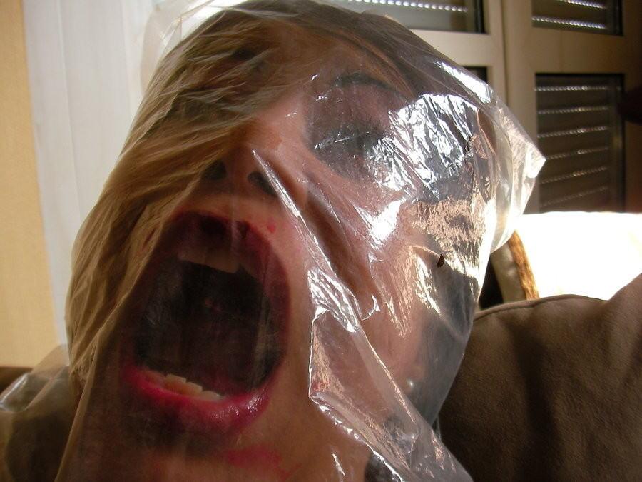 【画像あり】「窒息責め」とかいうプレイ、、、これは死ぬ。・22枚目