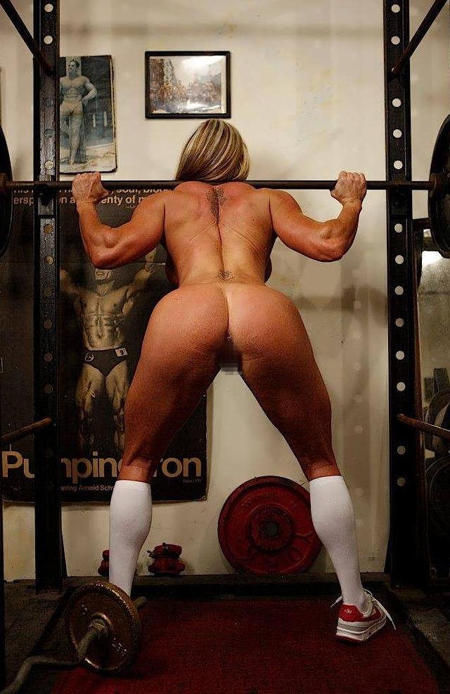 トレーニングする女子がエロ過ぎて集中できないんだが・・・(画像40枚)・30枚目