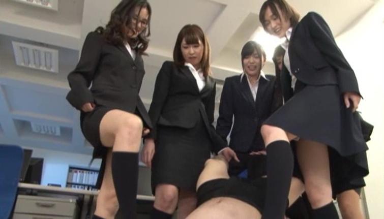 デキる女上司の男子に対するイジメ、完全にご褒美・・・・・(画像あり)・34枚目