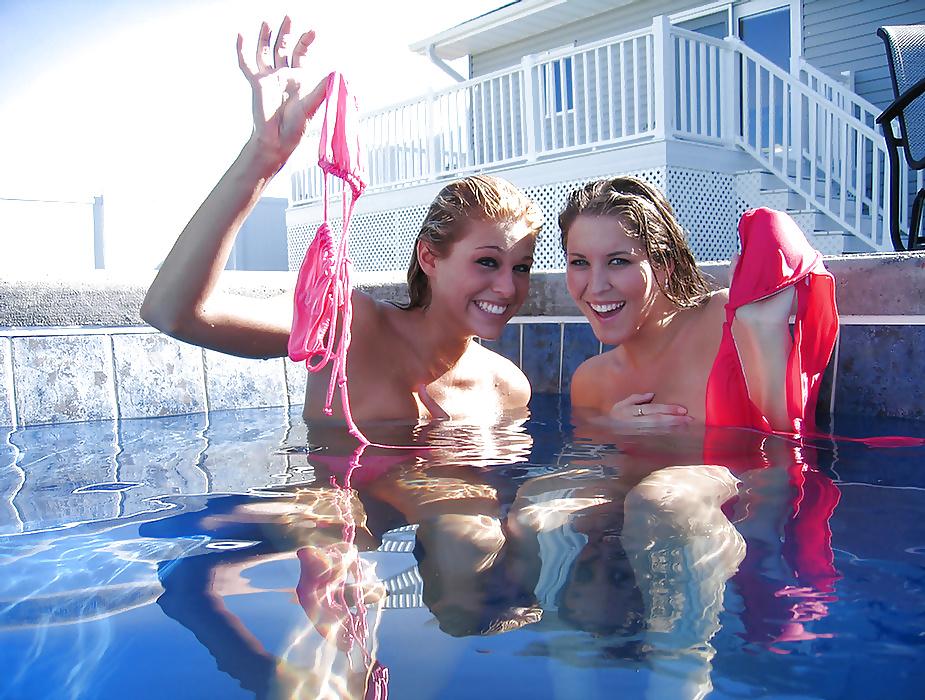 夏のプールで乳首全開放してるセレブ達wwwwwwwwwwww(画像37枚)・36枚目