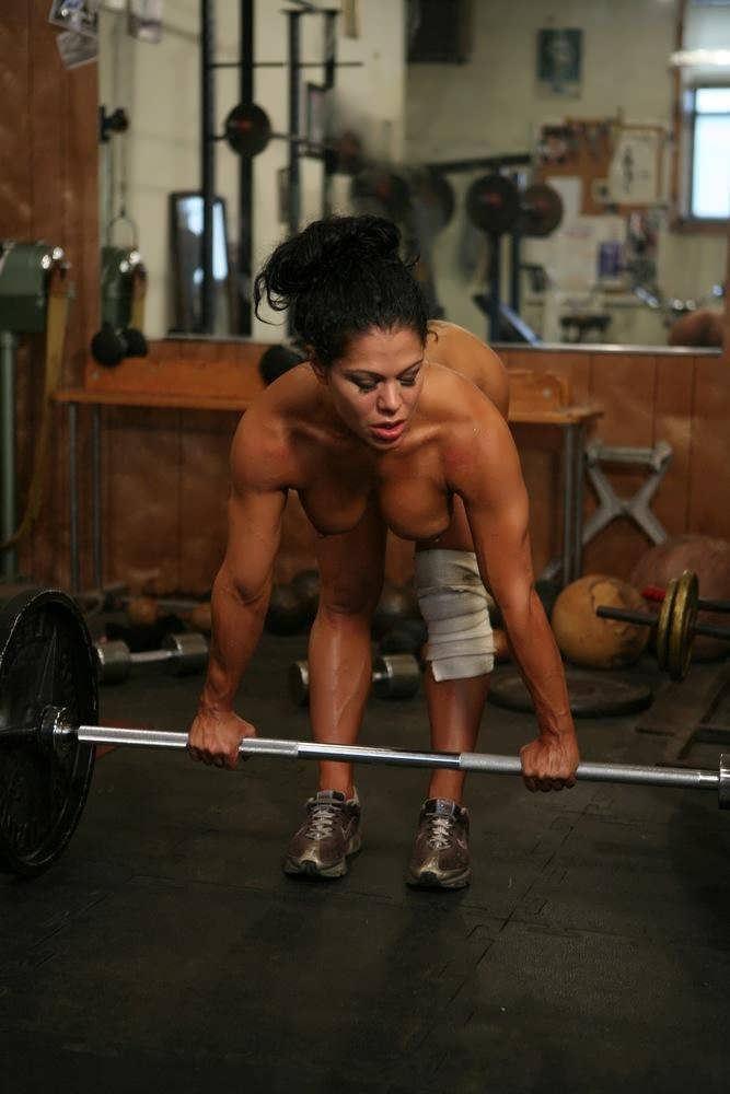 トレーニングする女子がエロ過ぎて集中できないんだが・・・(画像40枚)・6枚目