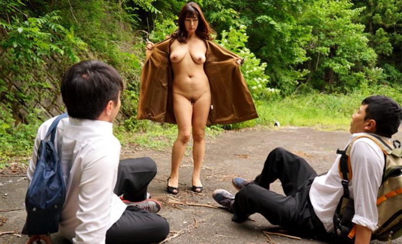 裸で割と本気で露出してる痴女wwwwwwwwwww(画像37枚)・6枚目
