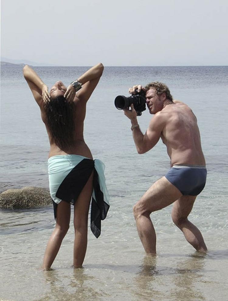 カメラマン、絶対勃起してるヌード撮影風景がこちらwwwwwwww(画像あり)・3枚目