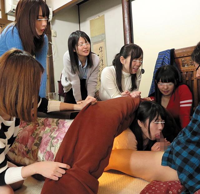 【冬定期】コタツを使った王道フェラパターンがこちらwwwwww(画像あり)・9枚目