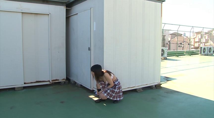 学校内で露出を撮影する遊びのノリ、すこwwwwwww(画像あり)・11枚目