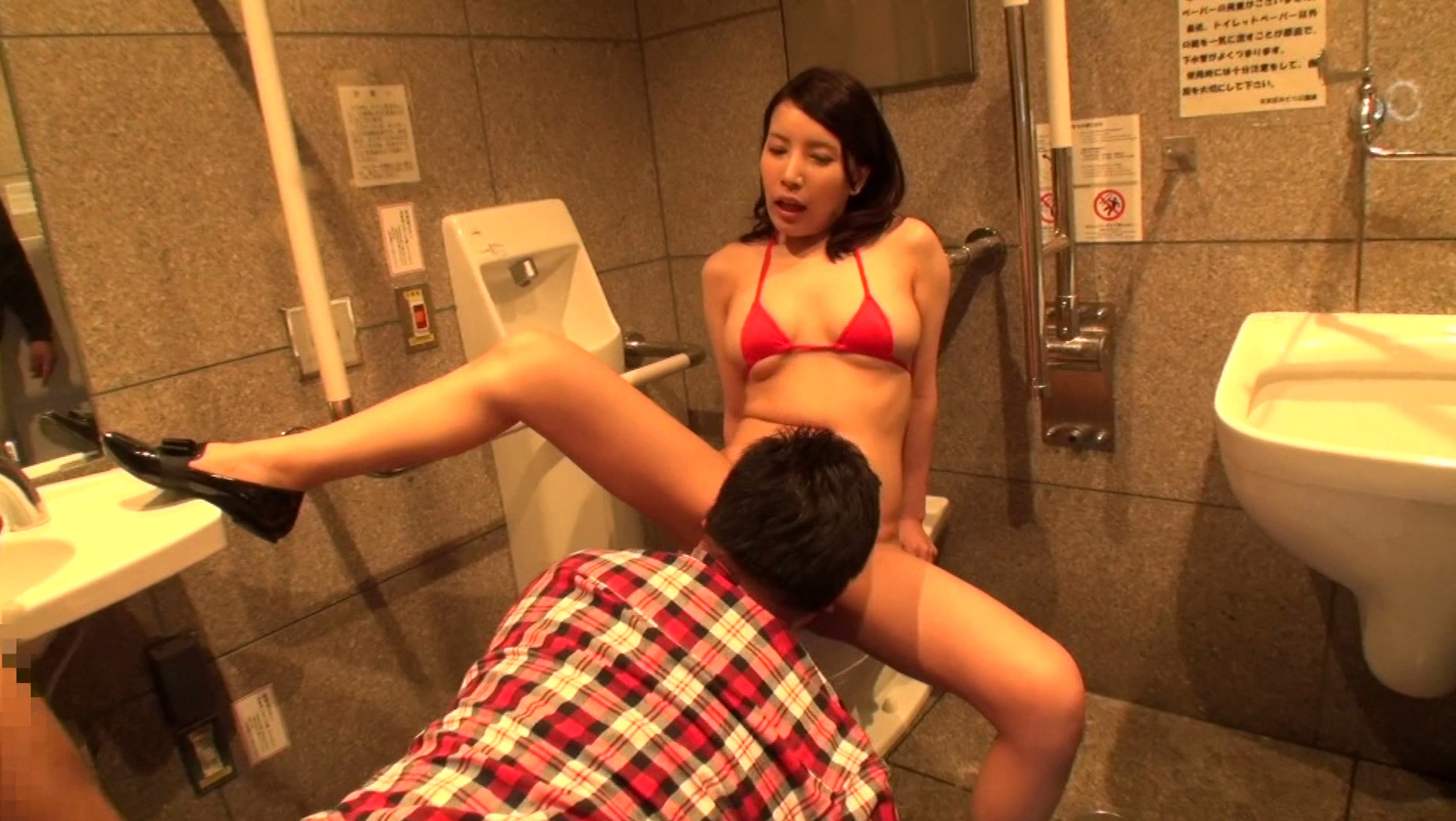【即席SEX】性処理の道具として使われた女の扱いがこちら・・・・・(画像あり)・2枚目
