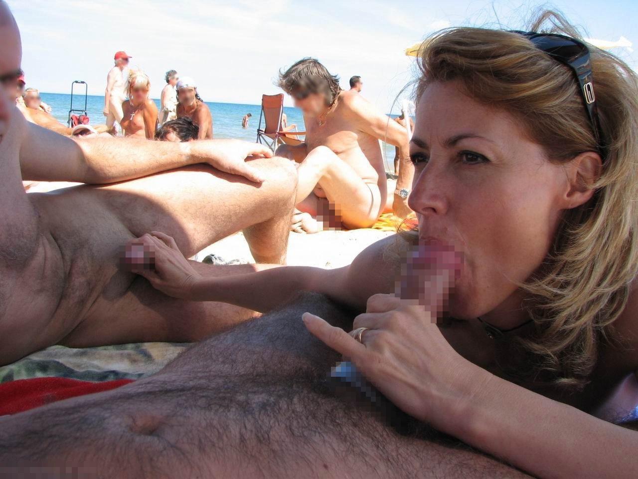 ヌーディストビーチで開かれるリア充たちの乱交パティーをご覧くださいwwww(画像37枚)・2枚目