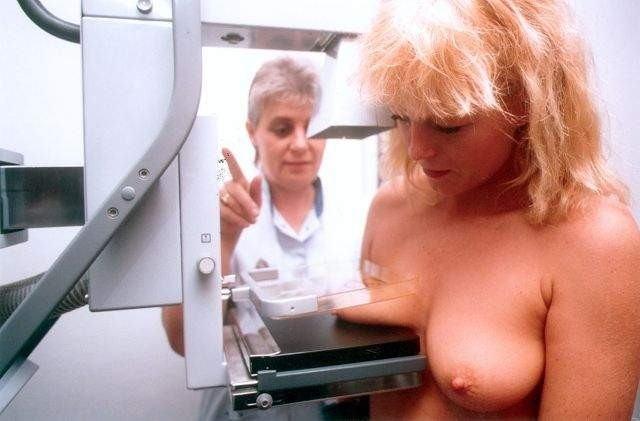 海外女子の身体測定中の保健室覗いたったwww(画像34枚)・33枚目