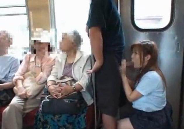 電車内で見せつけてくるバカップルを晒していく。(画像あり)・10枚目