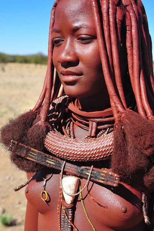 【ぐぅ有能】部族最強のおっぱいがコチラwwwwwwww(画像49枚)・6枚目