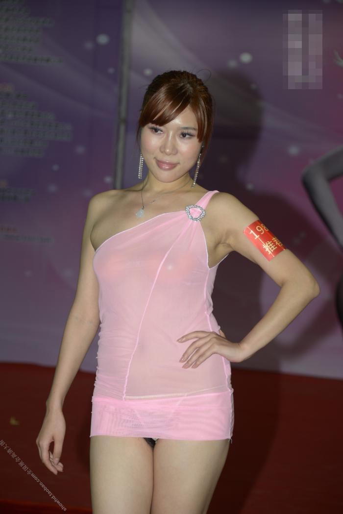 中国の下着モデルさん、がっつりマムコハミ出すwwwwwwww(※画像あり)・6枚目