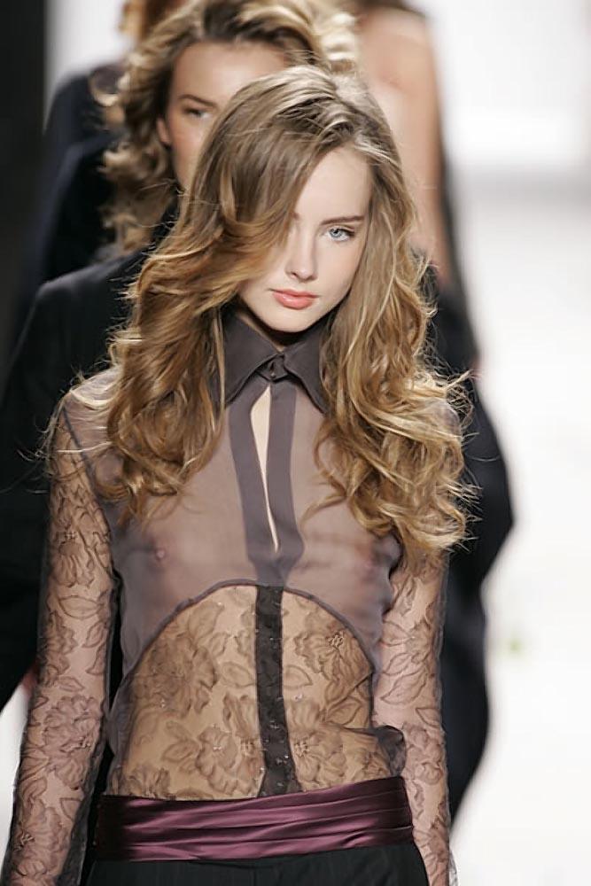 ファッションショーでプロモデルが犯した失態ハプニング集wwwwwww(画像29枚)・20枚目