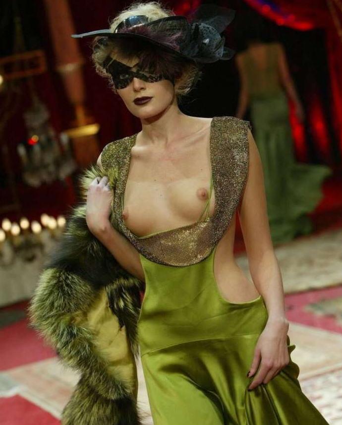 ファッションショーでプロモデルが犯した失態ハプニング集wwwwwww(画像29枚)・24枚目