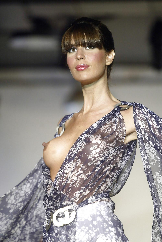 ファッションショーでプロモデルが犯した失態ハプニング集wwwwwww(画像29枚)・8枚目