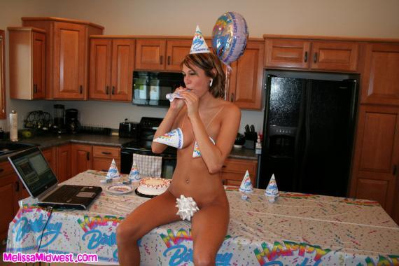 彼女からきた誕生日メッセージがエロすぎるwwww(画像あり)・10枚目