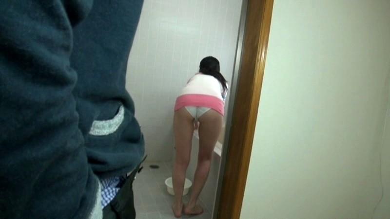 家庭内で盗撮された下着姿、絶対に子供に見せてはいけない(画像18枚)・16枚目