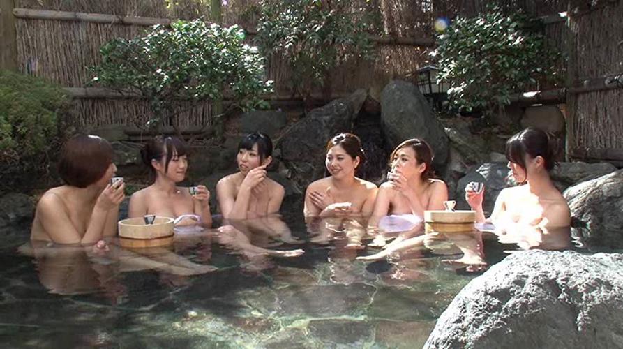 友達と記念に撮った温泉写真をうpしちゃうおバカ女子たち(24枚)・7枚目