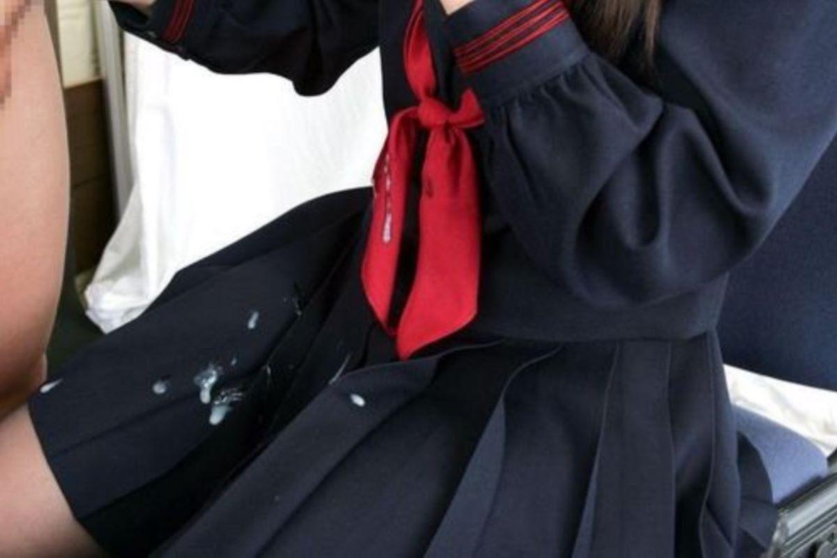 制服に精子ぶっかける征服感wwwwwww(画像31枚)・29枚目