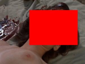 【グロ注意】明らかに殺された女のエロ画像。これ見て勃起する奴はヤバいぞ…